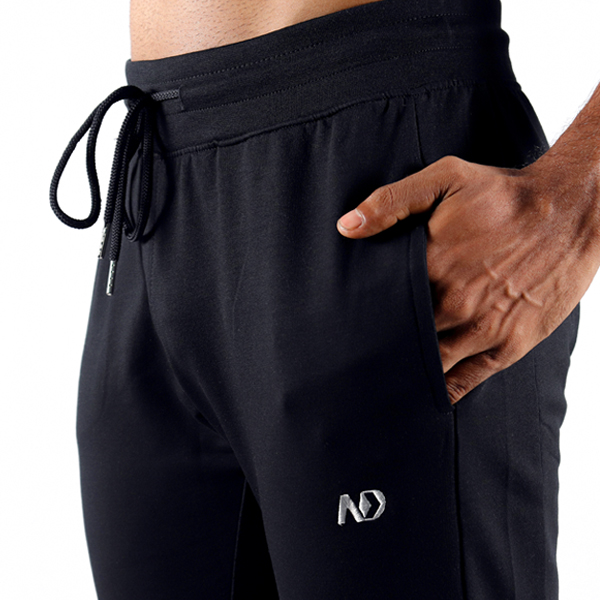 ND RAW ESSENTIAL JOGGERS - BLACK 4